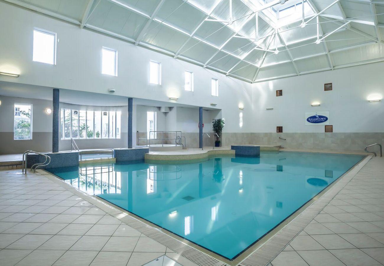 Roganstown Hotel Swimming Pool | Swords House To Rent in Dublin | Long Term Rental