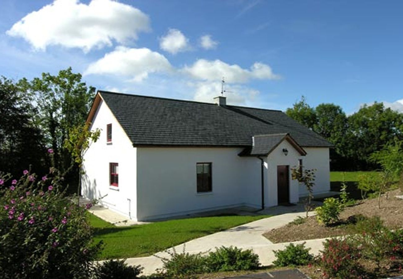 Barnabrow, A Self Catering Holiday Home in Ballycotten, County Cork