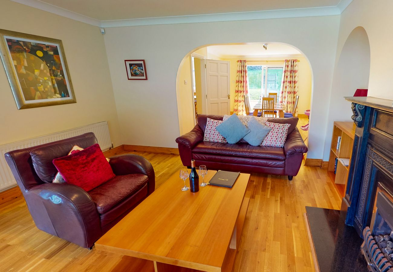 Fishermans Grove Holiday Home, Seaside Holiday Accommodation in Dunmore East, County WaterfordFishermans Grove Holiday Home, Seaside Holiday Accommoda