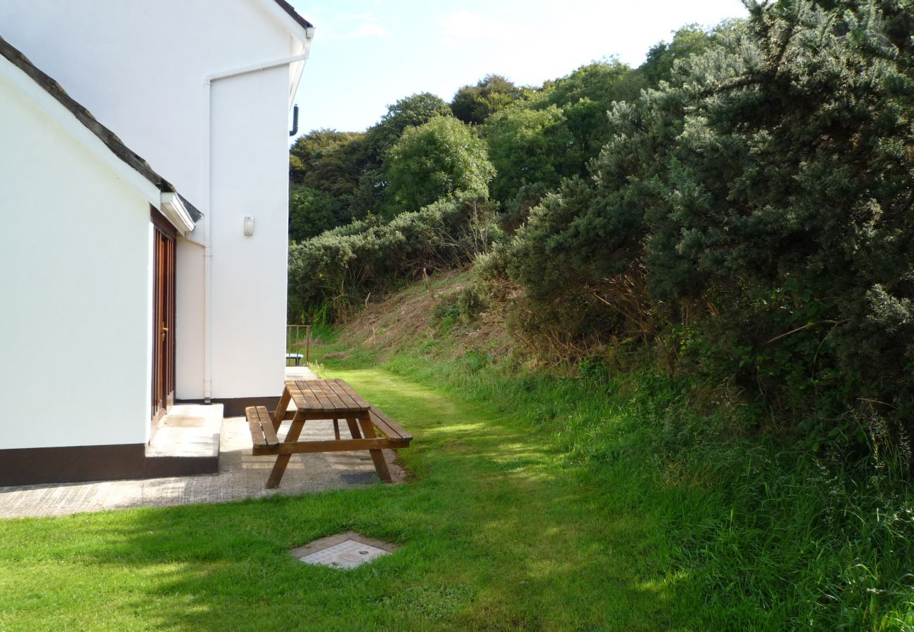 House in Dunmore East - Pine Cove Holiday Home No.11