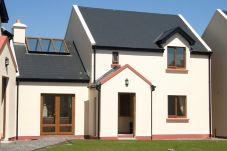 House in Sneem - Sneem Holiday Village (3 Bed)