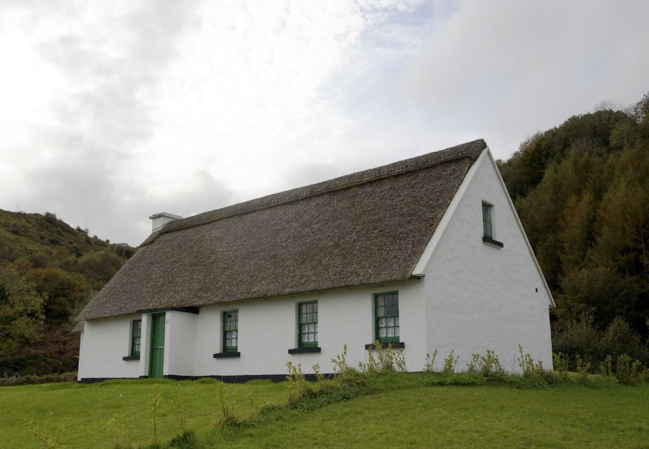 Corofin Lake 4-Bed Cottages, Corofin, Co Clare