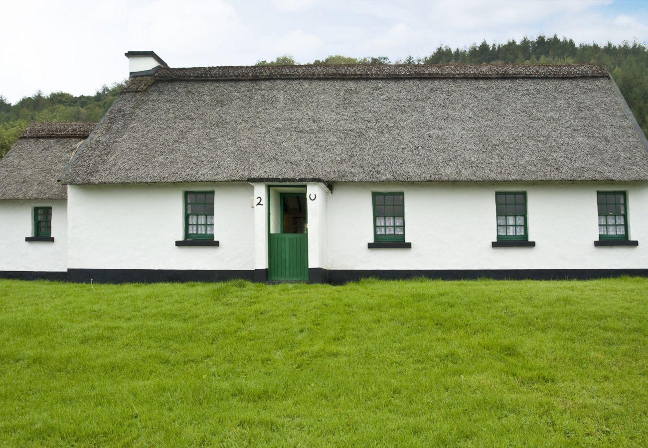 House in Corofin - Corofin Lake Cottage (4 Bed)