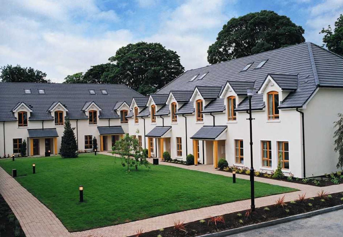 Heyward Mews Holiday Homes, Modern Holiday Accommodation close to Dublin City in Swords