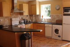 House in Bettystown - Courtyard Holiday Cottages