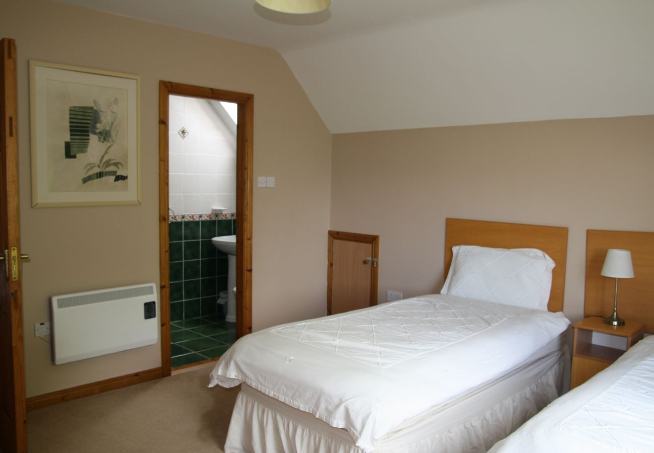 House in Oranmore - Galway Bay Holiday Lodge