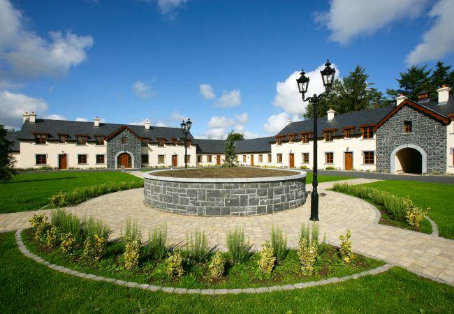Mount Falcon Courtyard Lodges, Ballina, Mayo