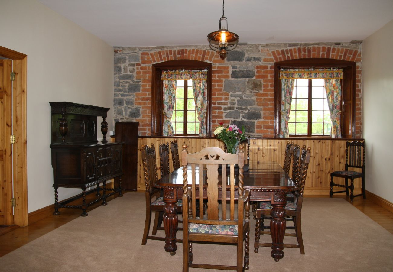 Belline Estate, Large Self Catering Holiday Home Piltown County Kilkenny