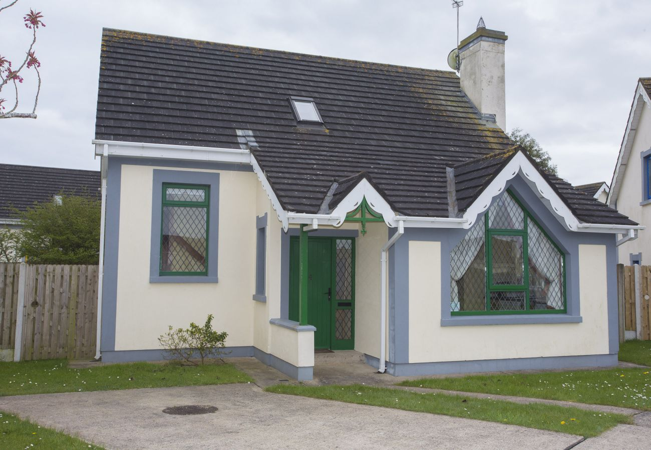 Grangewood Holiday Home, 4 Willow Grove, Rosslare, Co Wexford