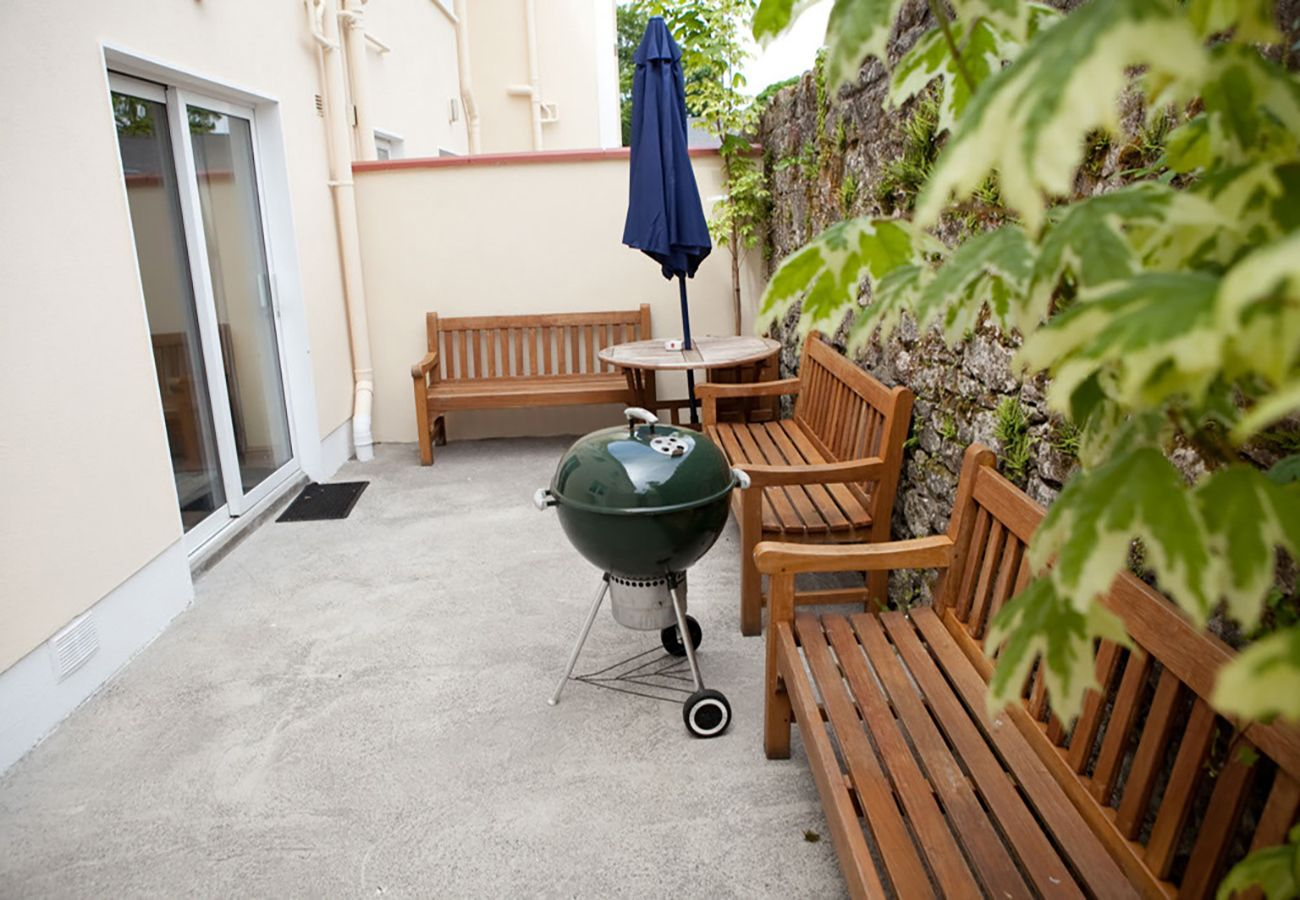 Carrick Self Catering Holiday Apartment River Shannon Holiday Homes Leitrim Ireland