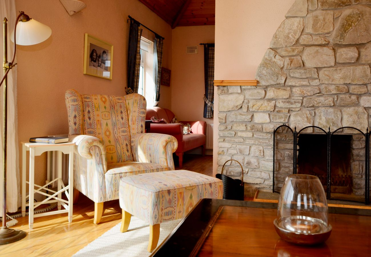 Cottage in Claddaghduff - Claddaghduff Seaside Holiday Cottage
