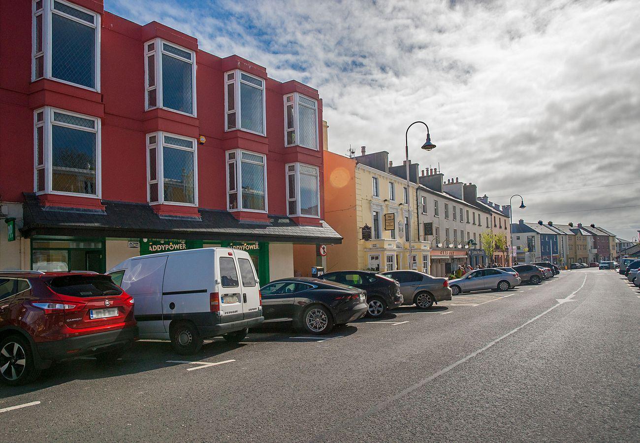 Clifden Town Holiday Apartment, Clifden, Connemara, Co. Galway