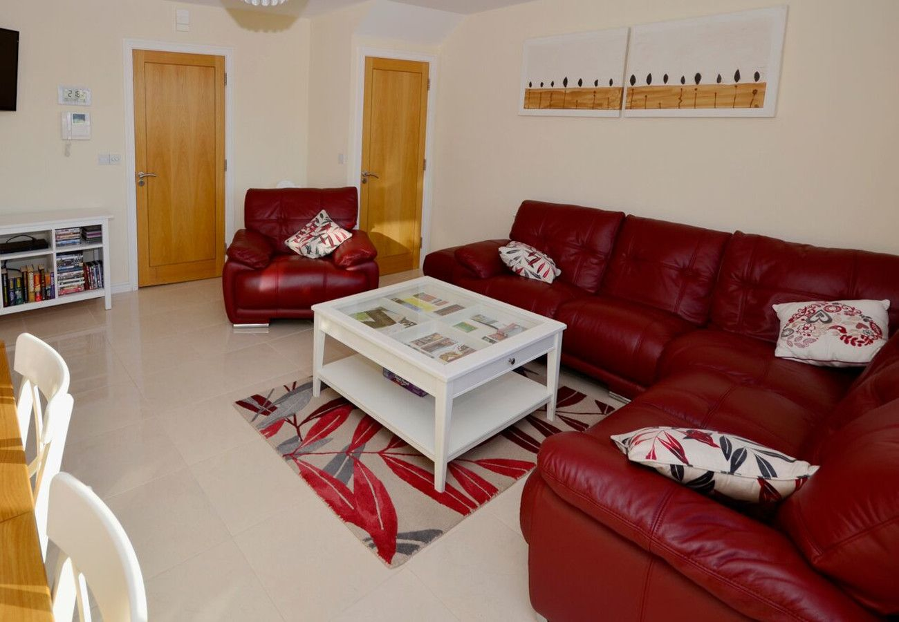 Apartment in Clifden - Clifden Main Street Holiday Apartment