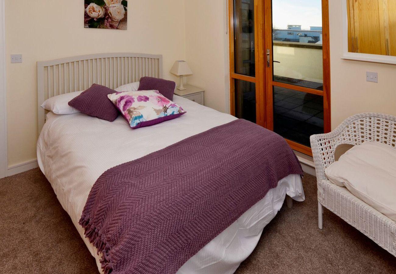 Clifden Main Street Holiday Apartment, Clifden, Galway, Ireland