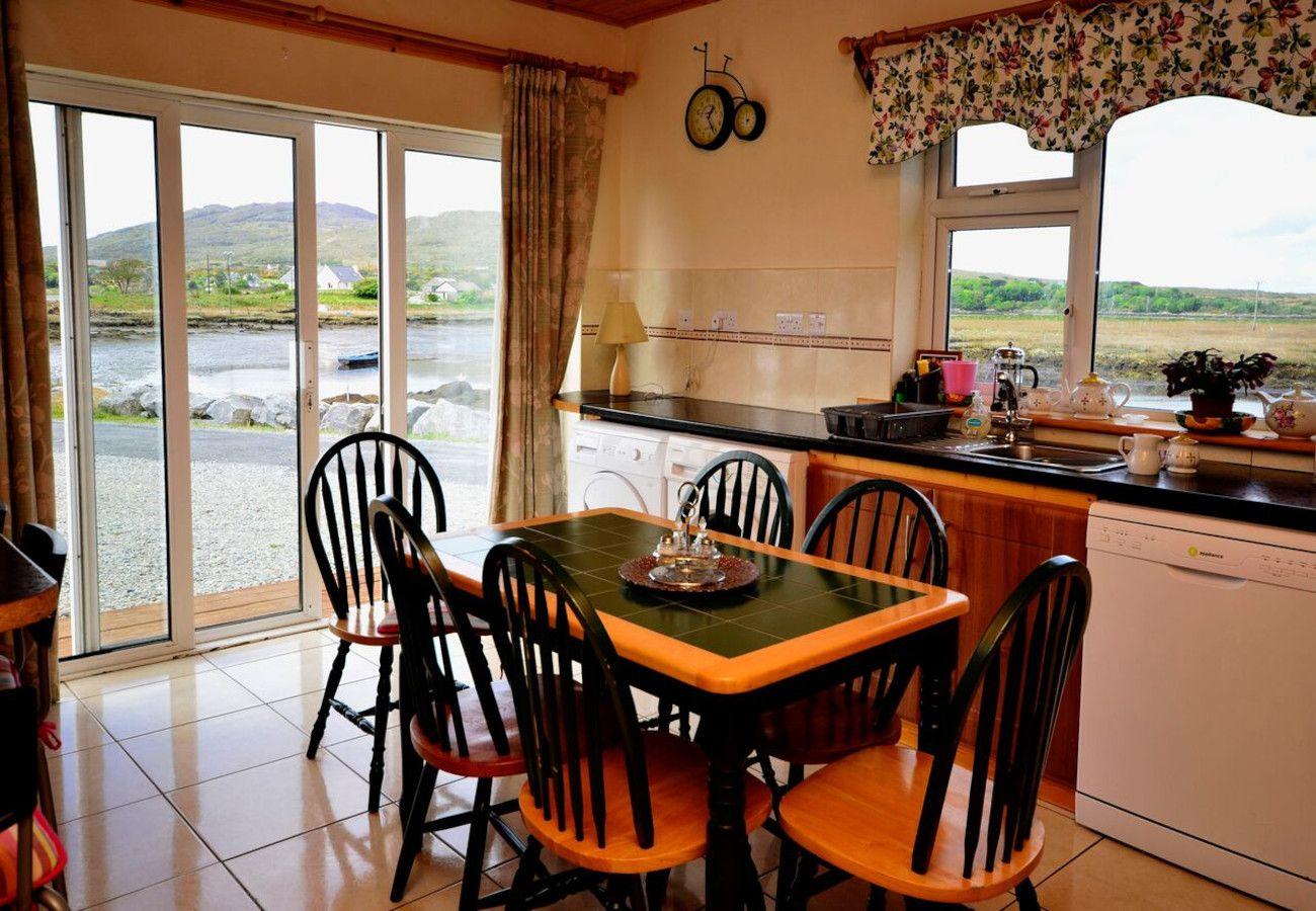 Roundstone Holiday Cottage, Roundstone, Galway, Ireland