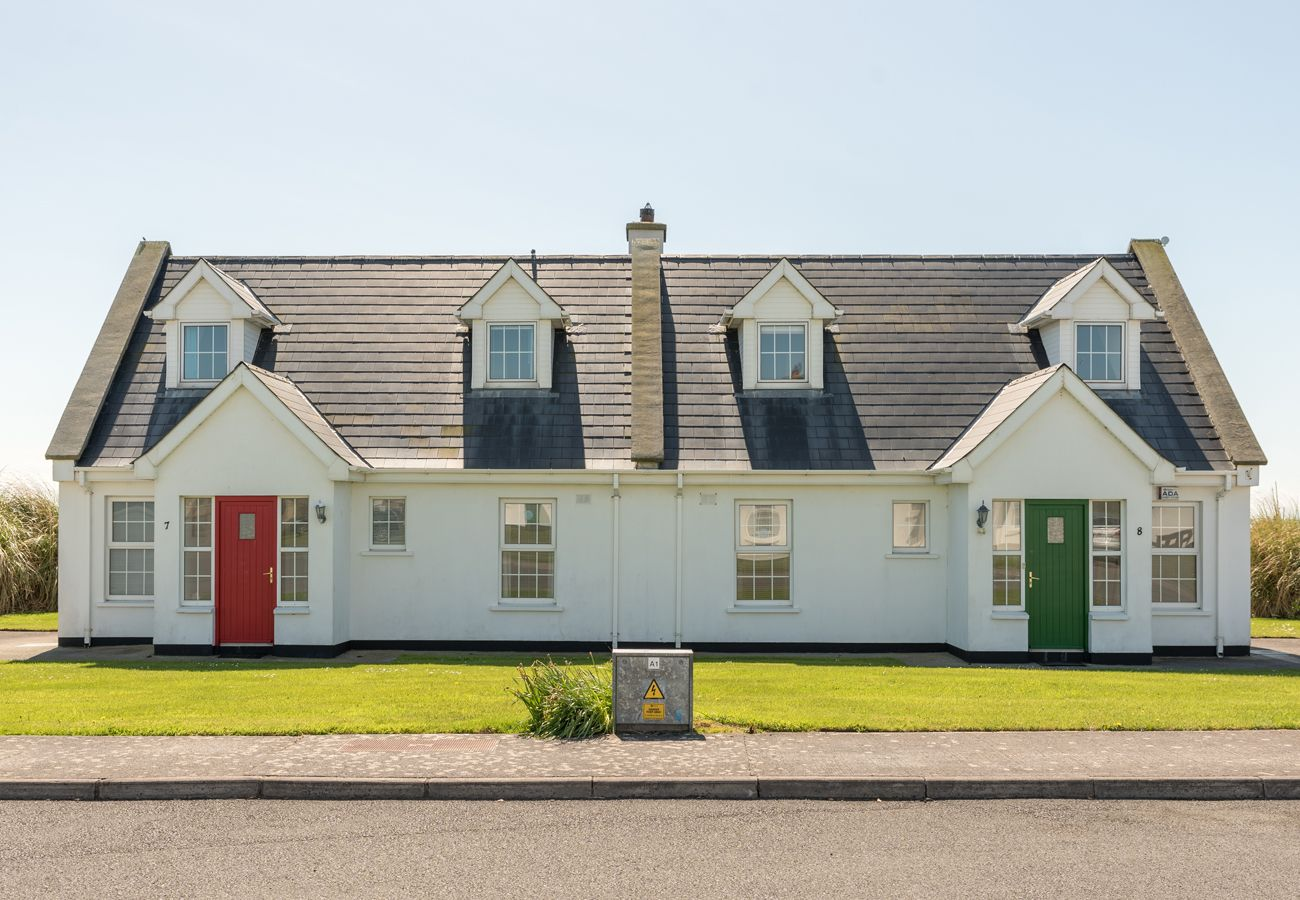 No. 29 Ballybunion, A Self Catering Holiday Home in Ballybunion, County Kerry