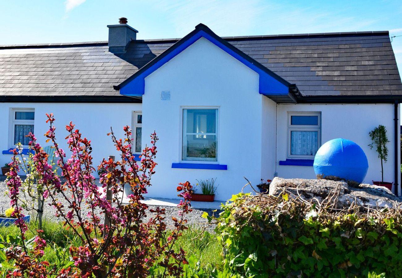 Bunowen Holiday Cottage, Ballyconneely, Clifden, Galway, Ireland reland