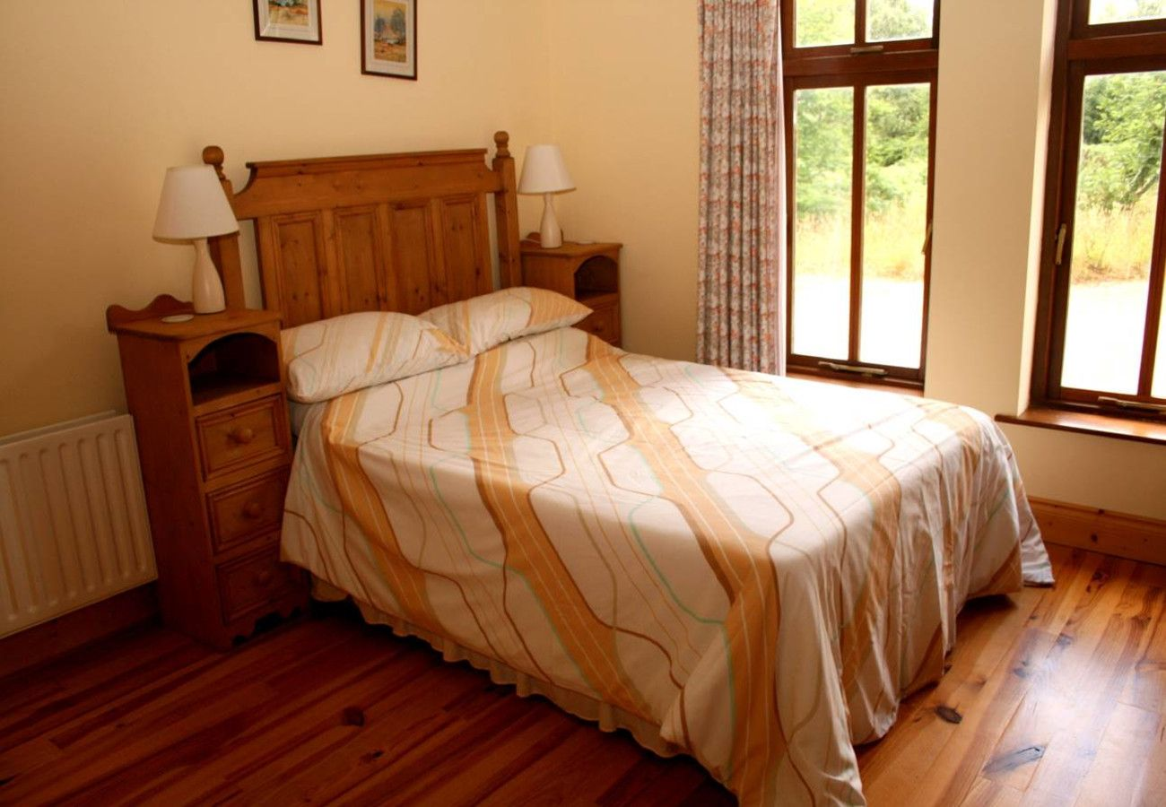Charming Cuilkillew Wood Self-Catering House near Lahardane, Ballina, County Mayo