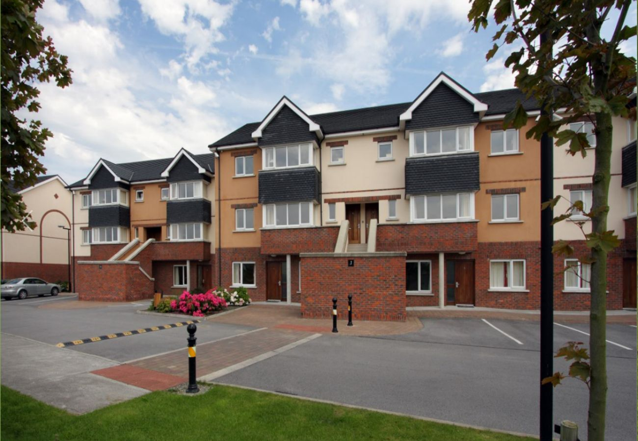 Kings Court Holiday Apartments Self Catering Holiday Accommodation in Tralee County Kerry