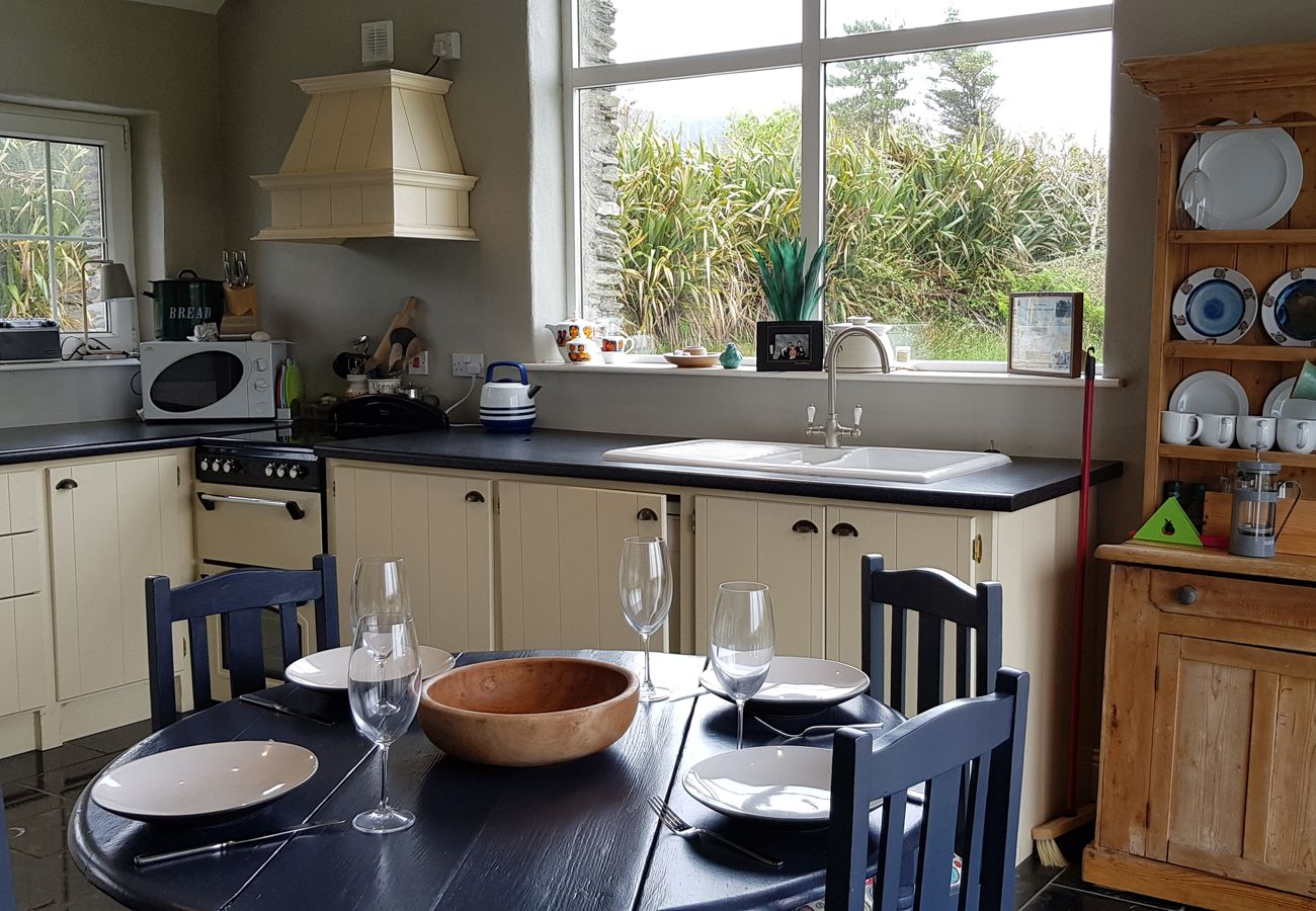 Ar Ais Arís, A Self Catering Holiday Home in Waterville, County Kerry