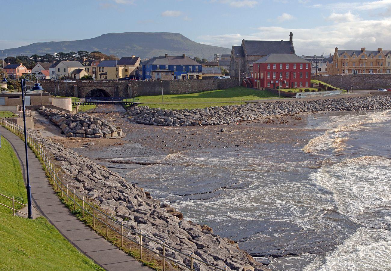 Seaside Town Bundoran Holiday Destination Donegal Ireland