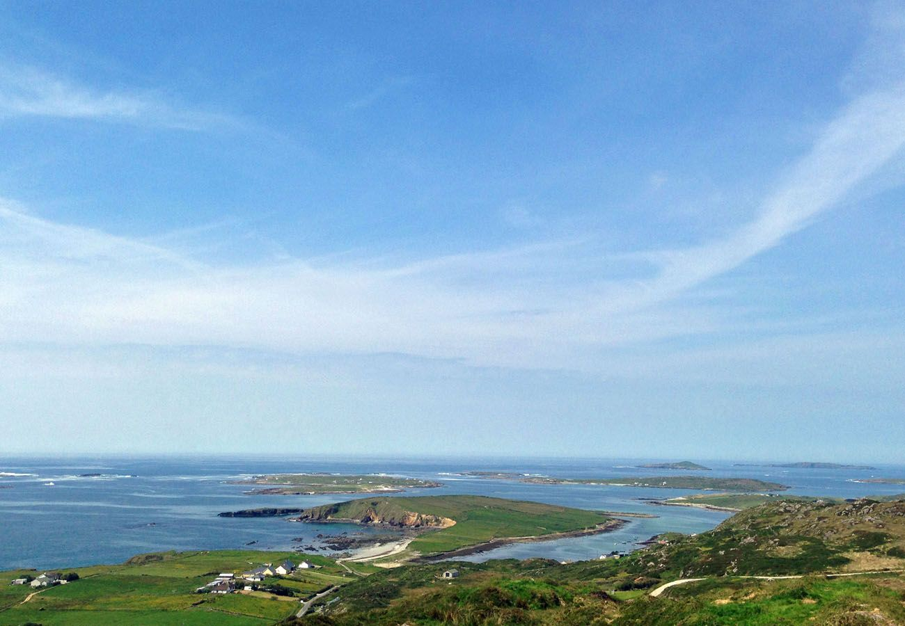 Clifden Sky Road, Seaside Holiday Home in Connemara, County Galway