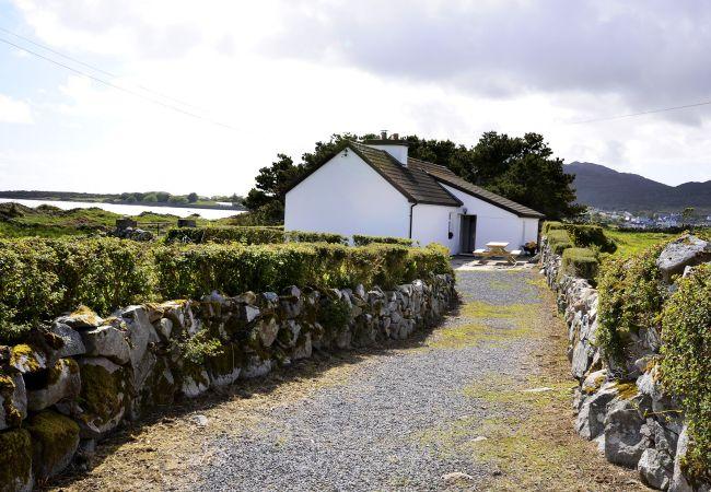 Roundstone - Cottage