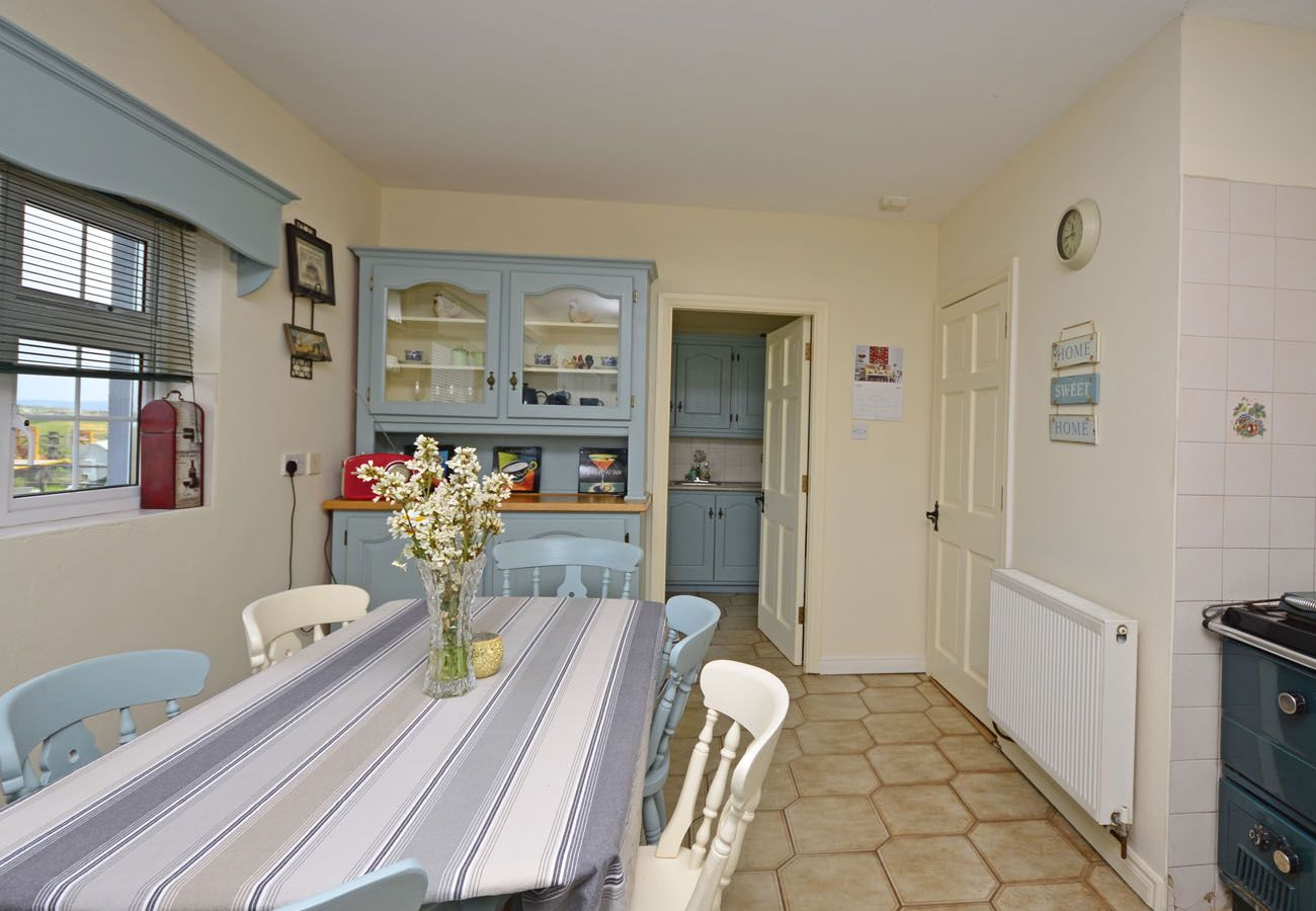 Ballyconneely Holiday Home 4 Bed, Seaside Holiday Home in Connemara, County Galway