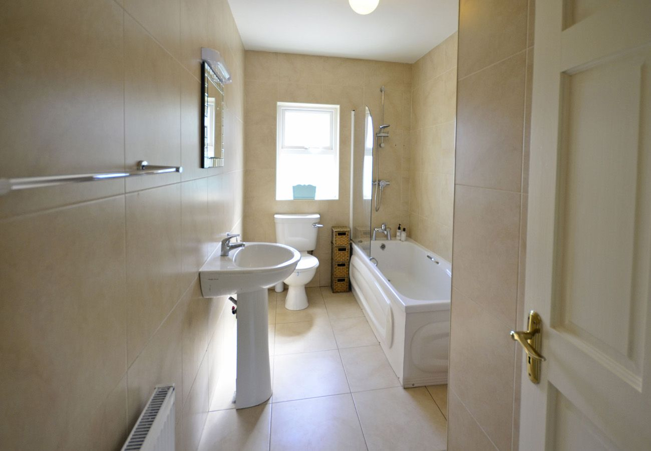 Ballinaboy, A Self Catering Holiday Home in Clifden, County Galway