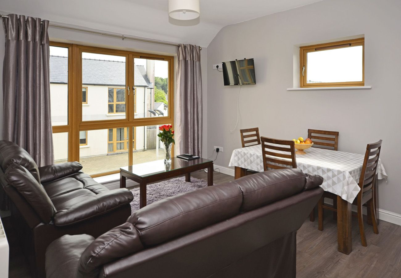 Letterfrack Apartments No.14, Modern Holiday Apartment in Connemara, County Galway