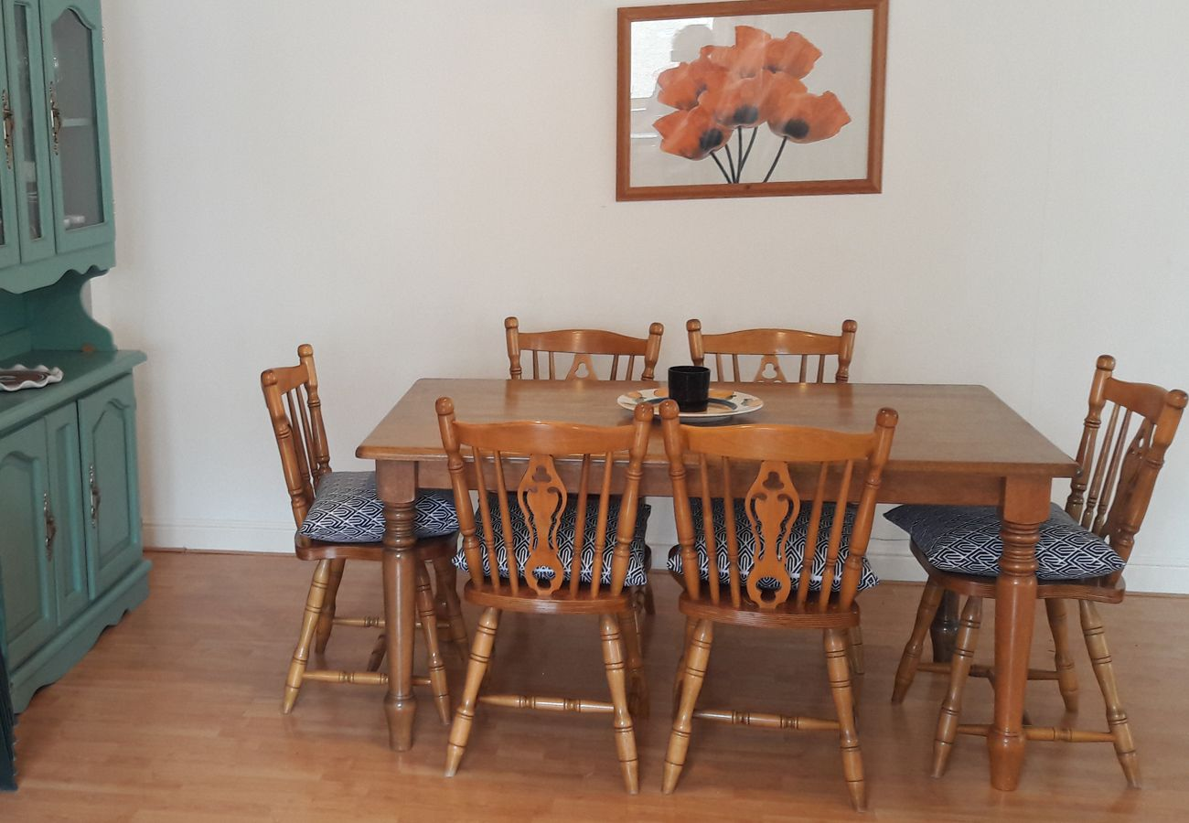 Moore Bay Holiday Village 18A, A Self Catering Holiday Home in Kilkee County Clare