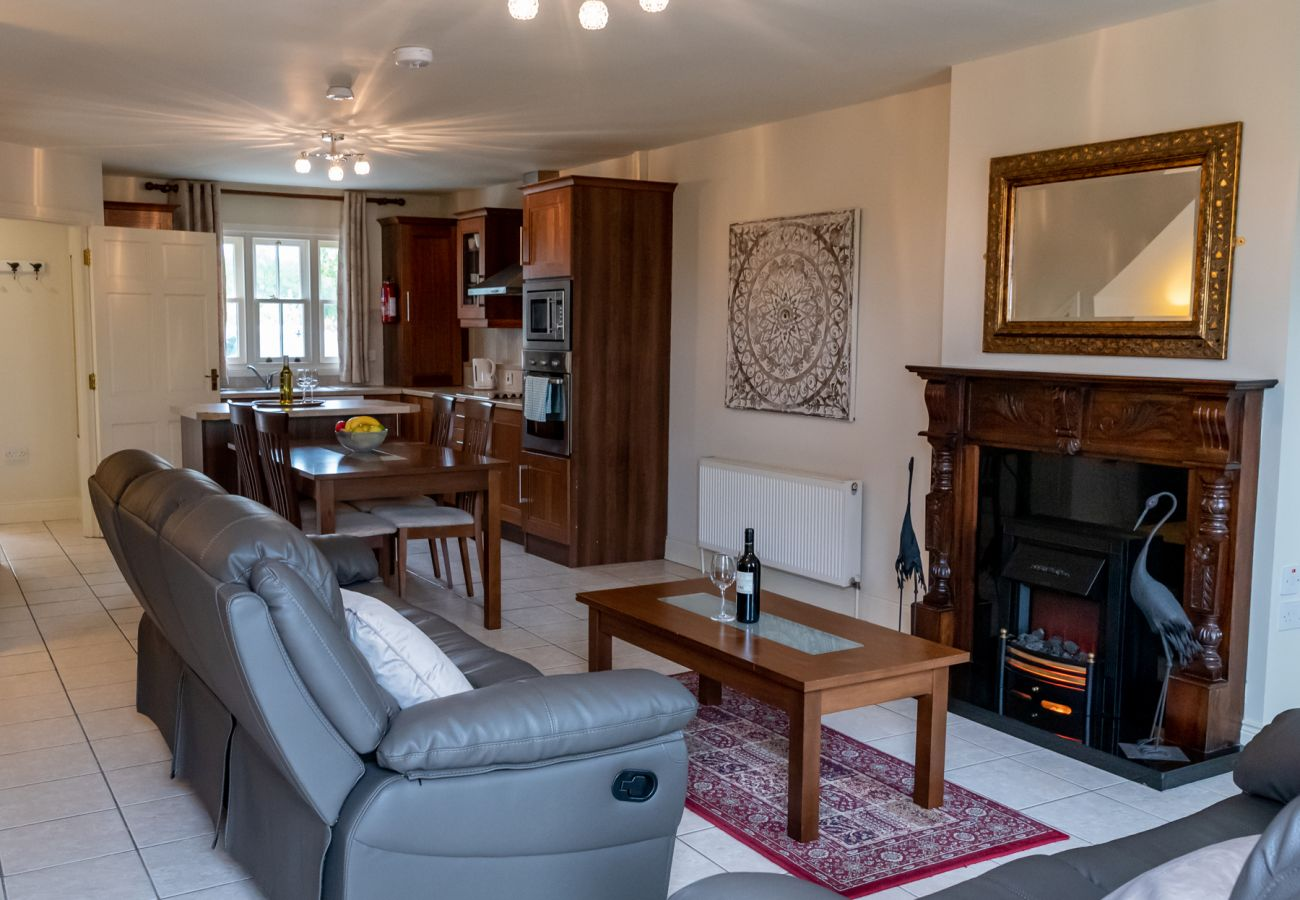 Ballykealey House Holiday Lodges, Self Catering Holiday Homes in Ballon, County Carlow