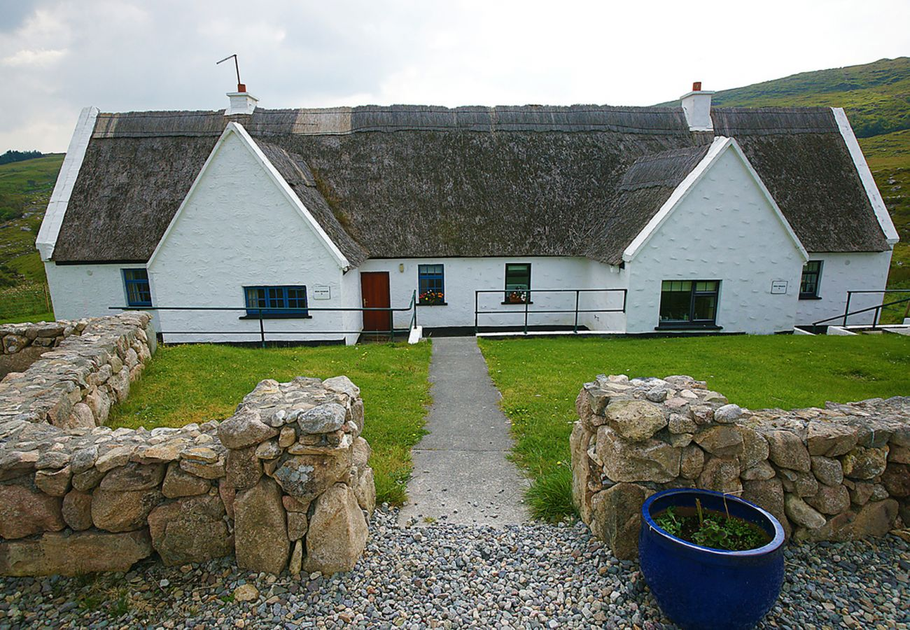Cottage in Oughterard - Ben Brack Cottage Oughterard