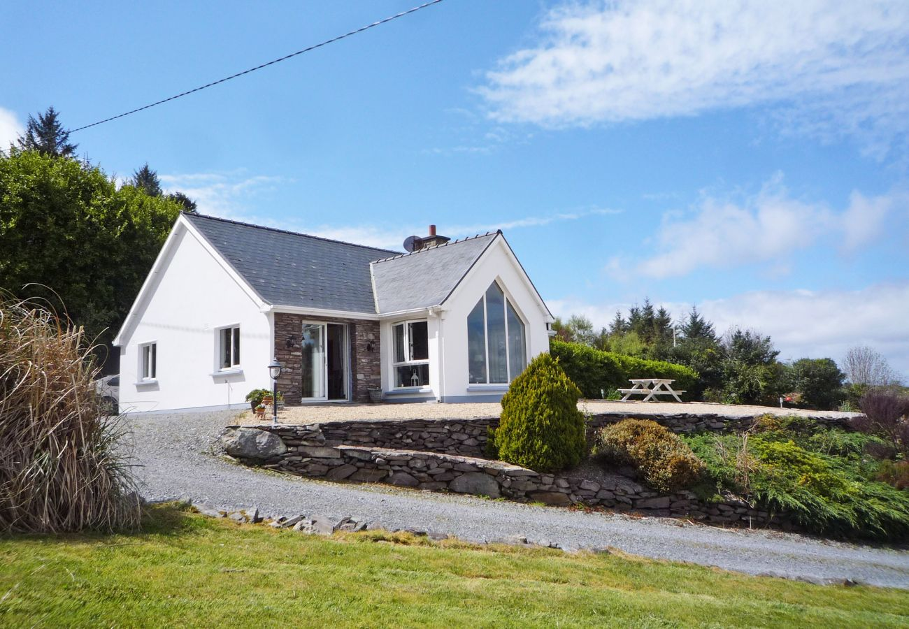 Radharc Na Cealla Holiday Home, Seaside, Self-Catering Accommodation on the Ring of Kerry, County Kerry