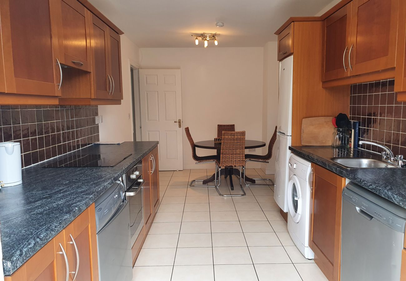 An Creagán Barna Holiday Home, Seaside Holiday Accommodation in Barna, County Galway