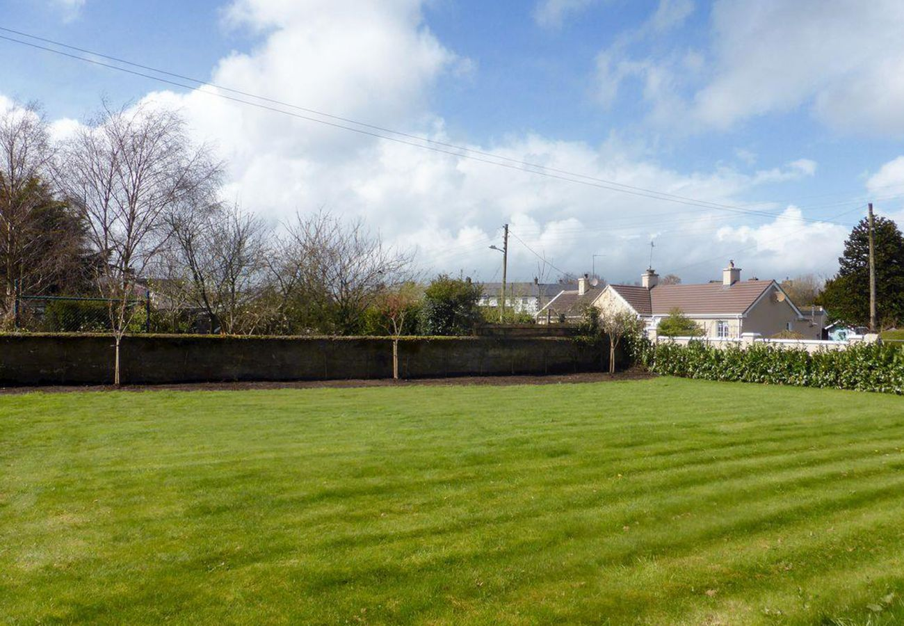 Garden Cottage Tipperary, Rural Self Catering Holiday Accommodation in Cahir, County Tipperary