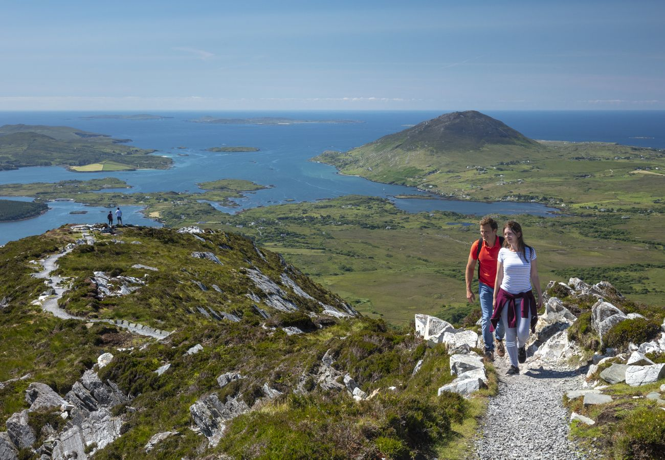 Sky Road Stone Cottage, Seaside Self Catering holiday home in Connemara, County Galway