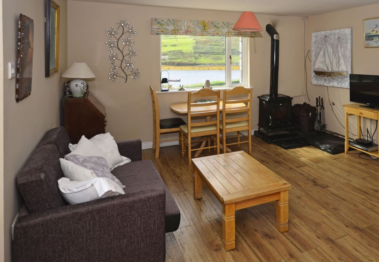 Sky Road Stone Cottage, Coastal View Holiday Accommodation in Clifden Connemara, County Galway