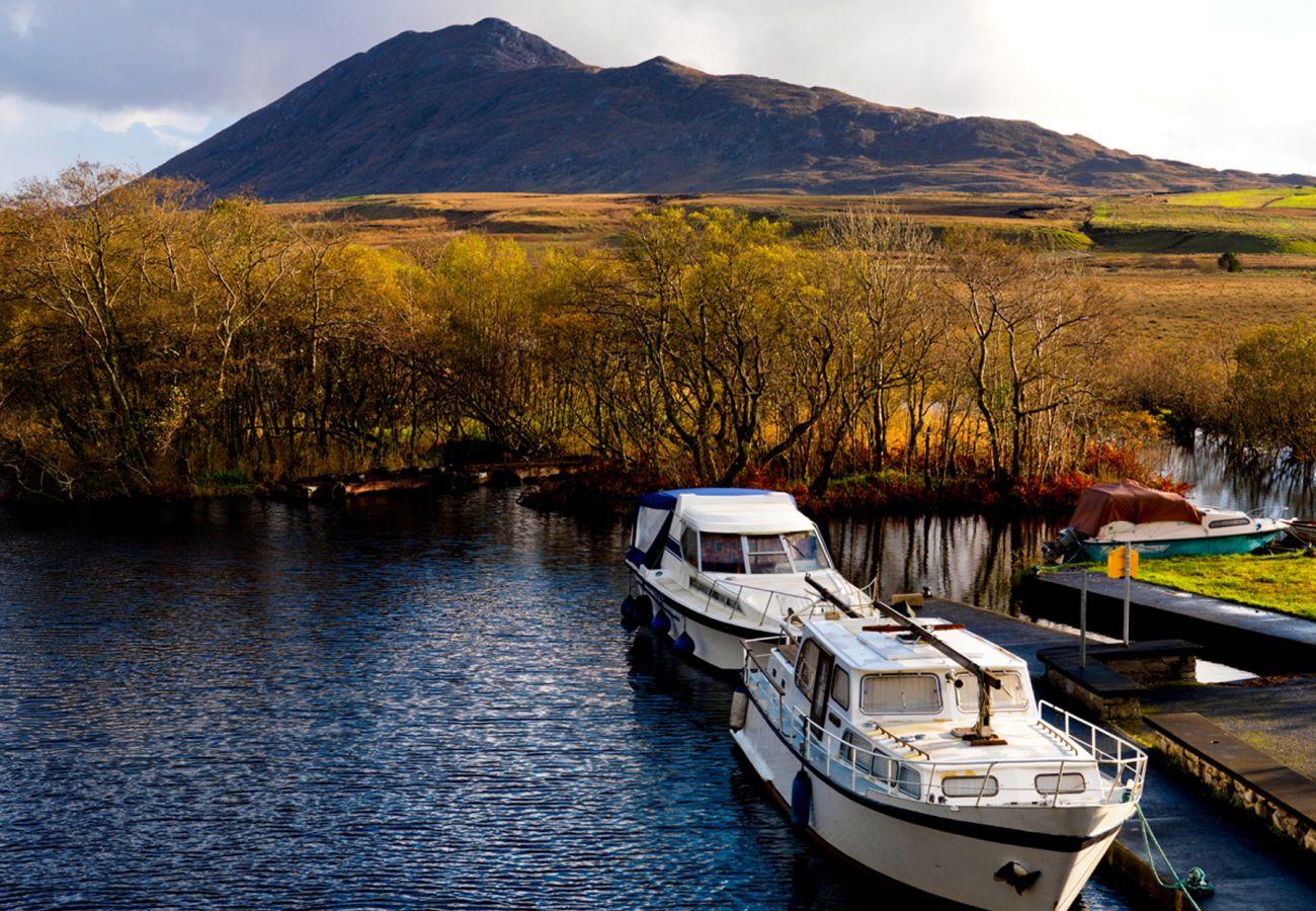 Maam Joyces Galway © Tourism Ireland
