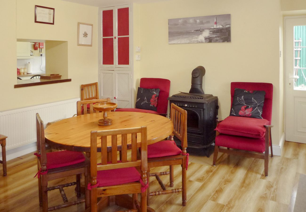 Clonee Fishing Lodge, Seaside Holiday Accommodation Available in Kenmare County Kerry