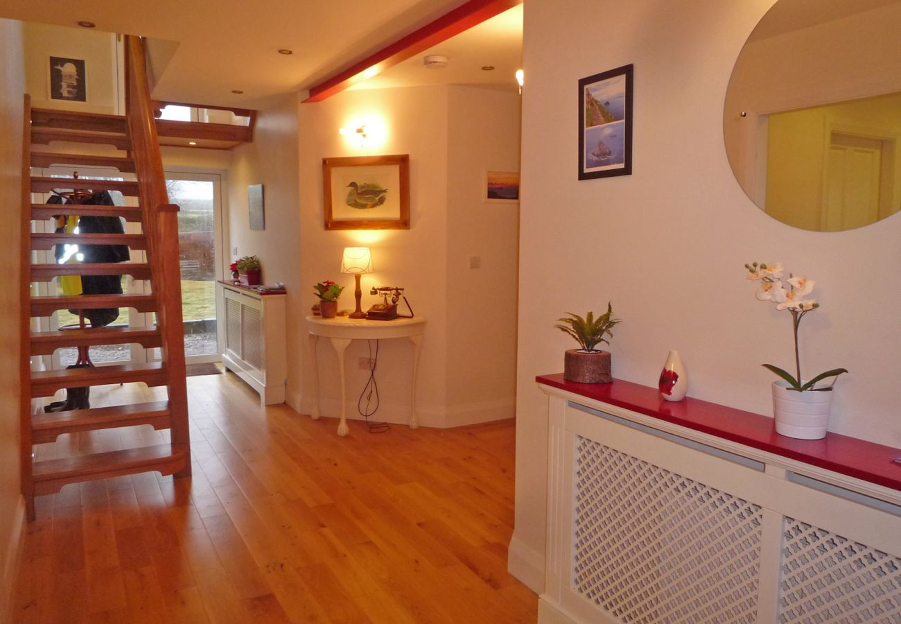 Fourteens Holiday Home, Seaside Holiday Accommodation Available in Ballinskelligs County Kerry
