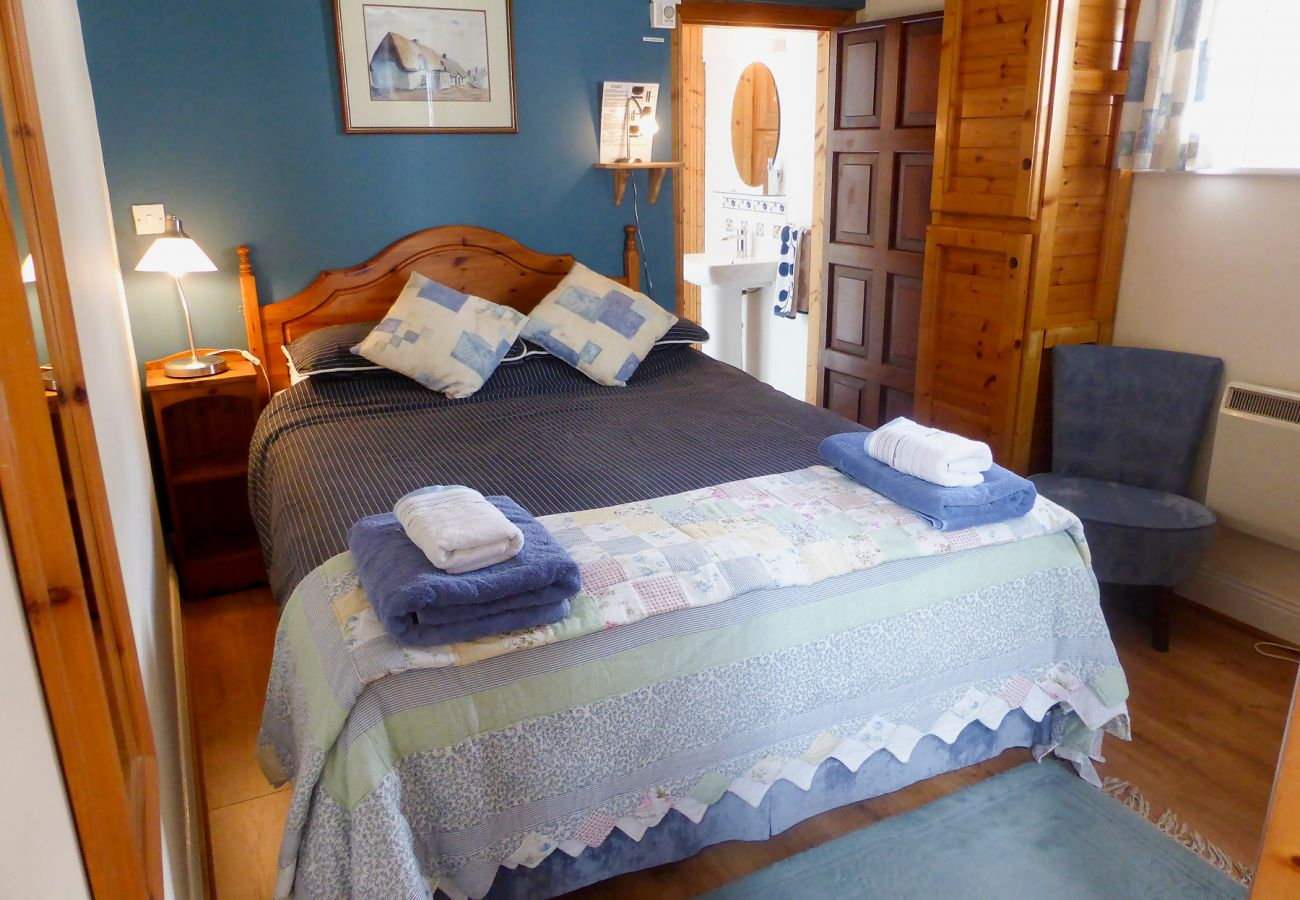 Heron Coastal Cottage, Seaside Self Catering Holiday Accommodation in Kilmore Quay, County Wexford
