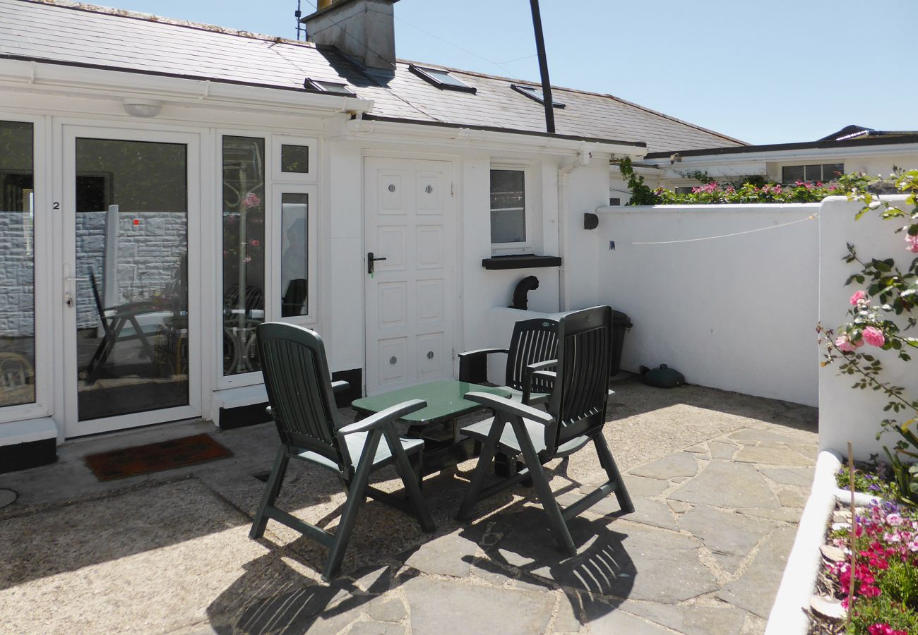 Gannet Coastal Cottage, Seaside Self Catering Holiday Accommodation in Kilmore Quay, County Wexford