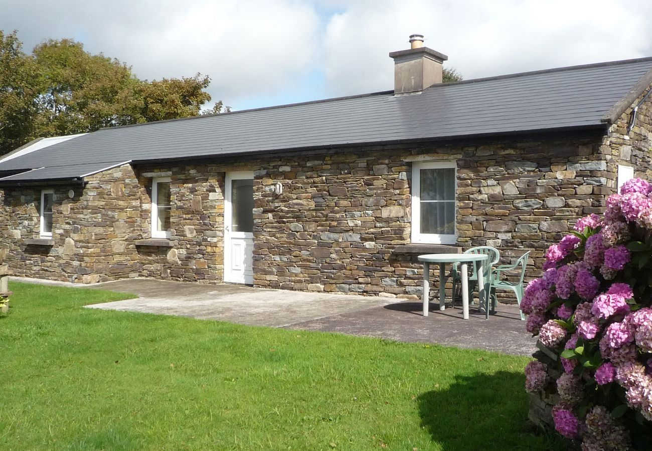 Lakeside Lodge, Holiday Accommodation Available in Bantry County Cork