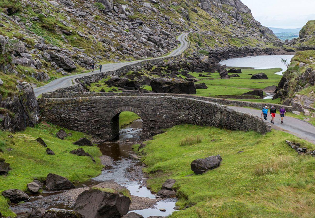 Ross Castle, Killarney, Ring of Kerry Kerry © Tourism Ireland
