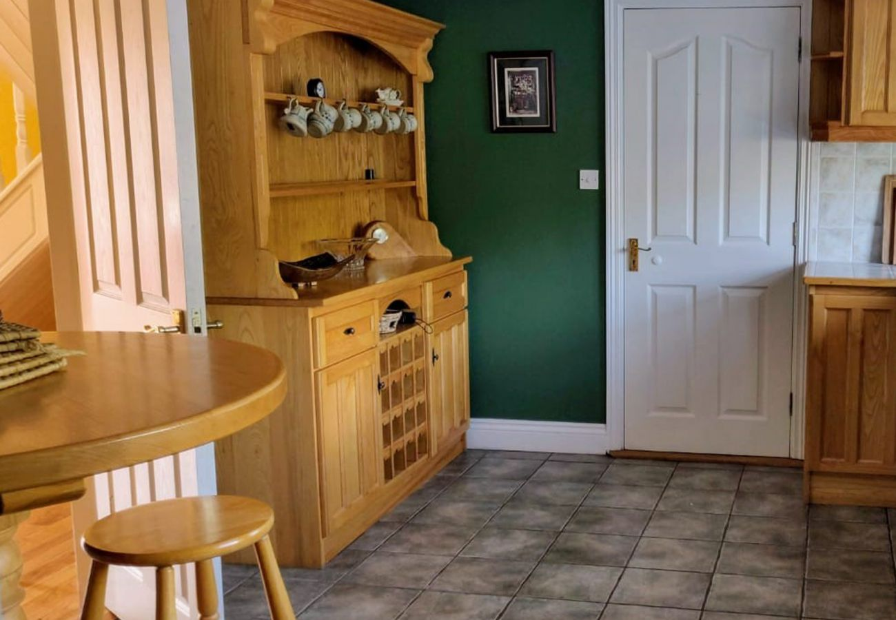 Firhouse Holiday Home, Holiday Accommodation Available in Glengarriff County Cork