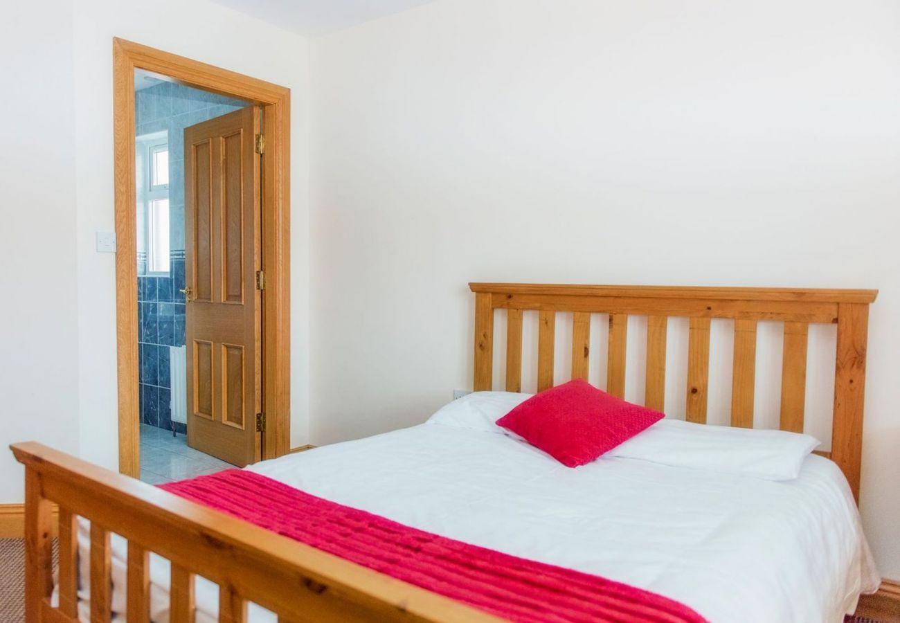 Duncarberry Heights Holiday Home, Seaside Holiday Accommodation near Bundoran, County Donegal