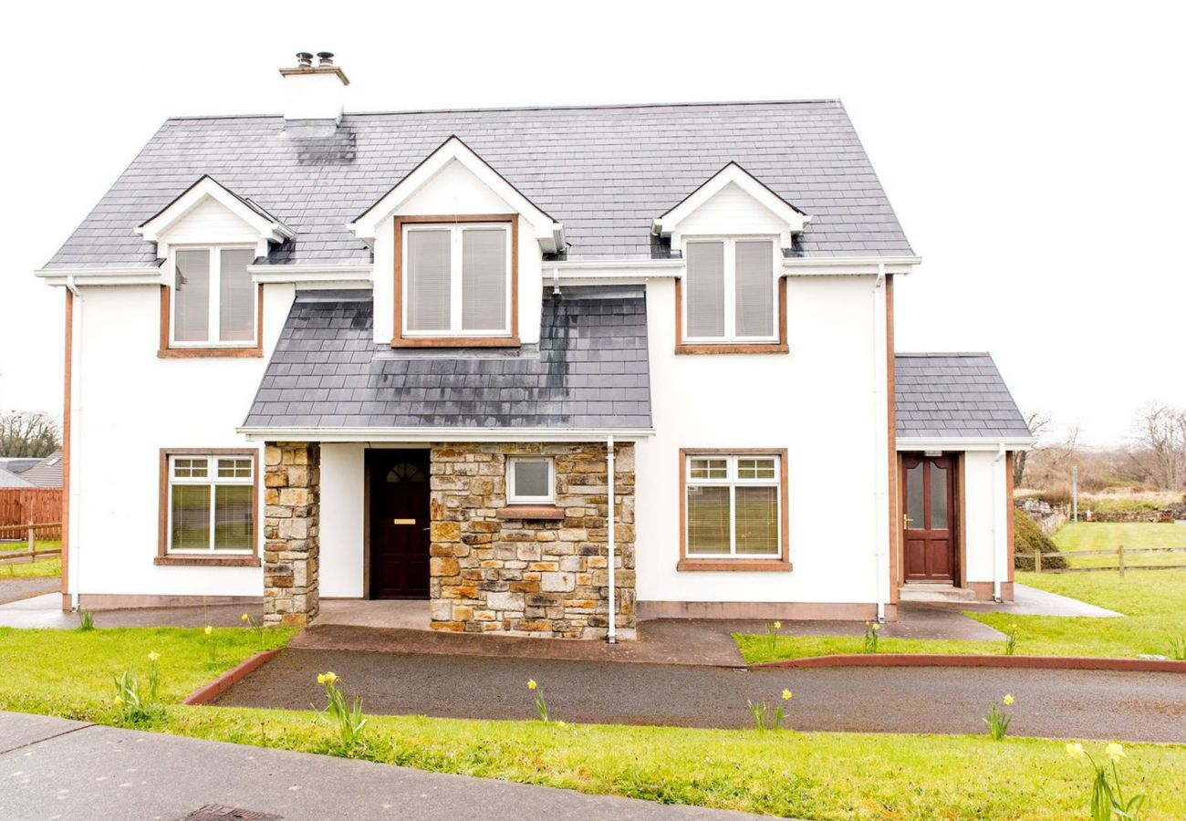 Duncarbury Heights Holiday Home, Seaside Holiday Accommodation near Bundoran, County Donegal