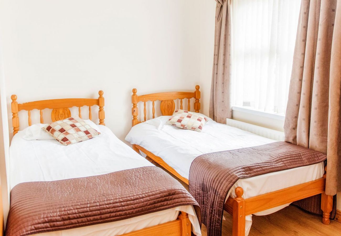 Stracomer View Holiday Home, Seaside Holiday Accommodation in Bundoran, County Donegal