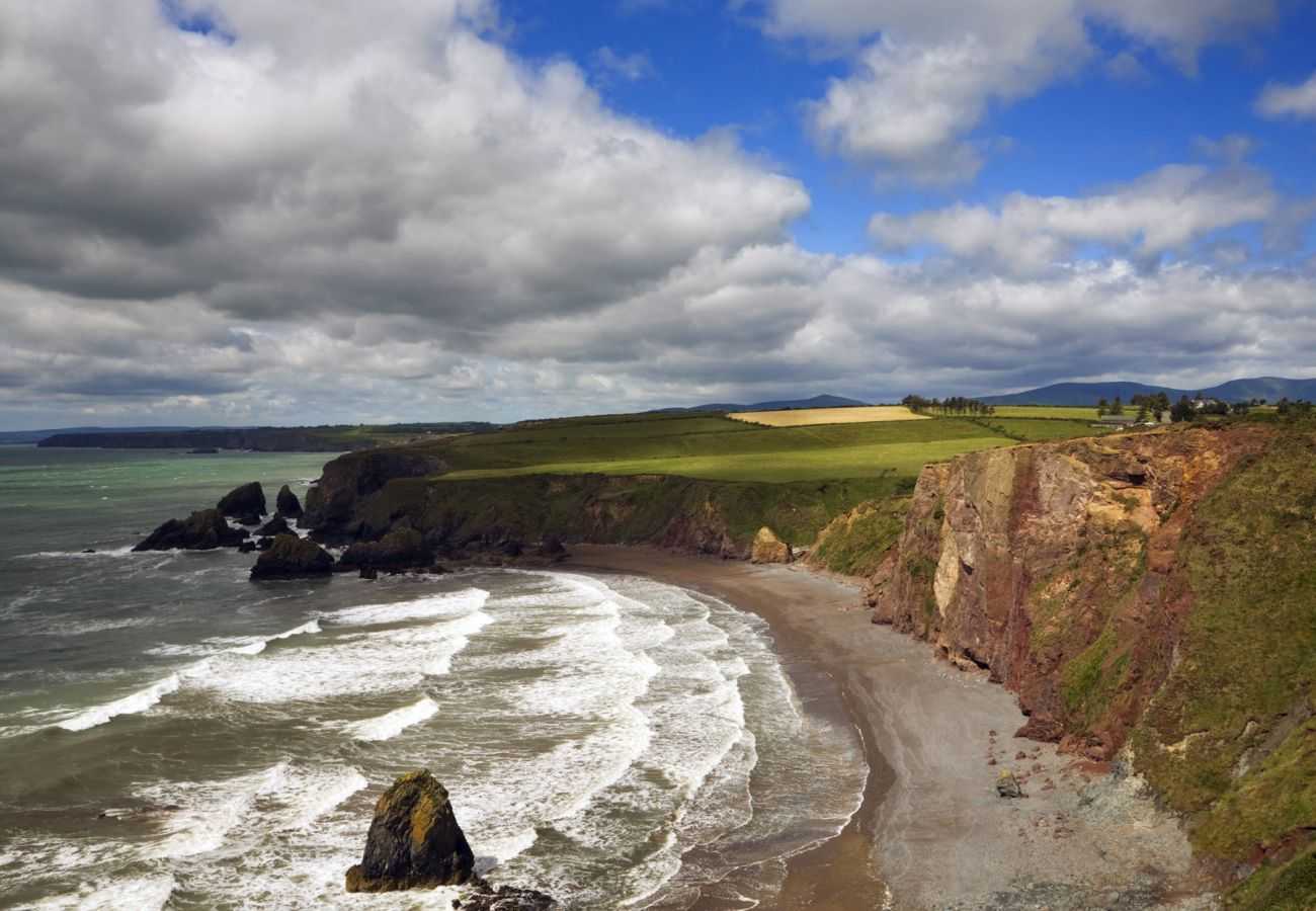 Copper Coast, Waterford © George Munday